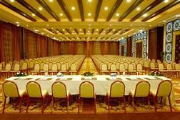 http://media.expedia.com/hotels/1000000/870000/862400/862383/862383_31_b.jpg