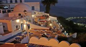 800px-Cafe_des_delices_in_Sidi_Bou_Said.jpg