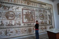 http://media-cdn.tripadvisor.com/media/photo-s/01/7a/09/74/bardo-museum.jpg